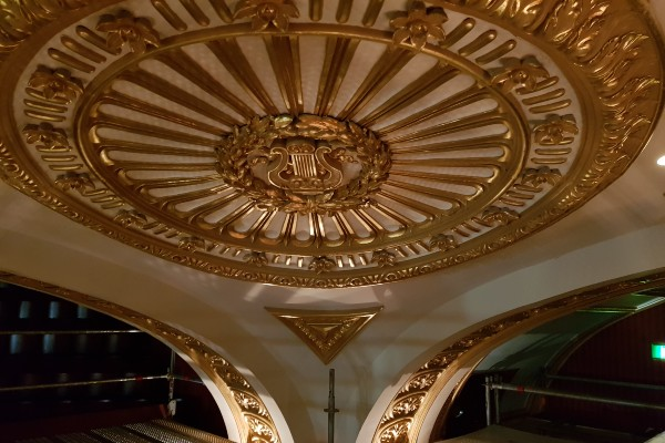 Royal opera house 600x400 1